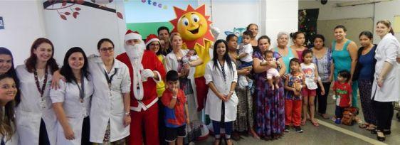 Pediatria organiza festa de Natal para crianças internadas